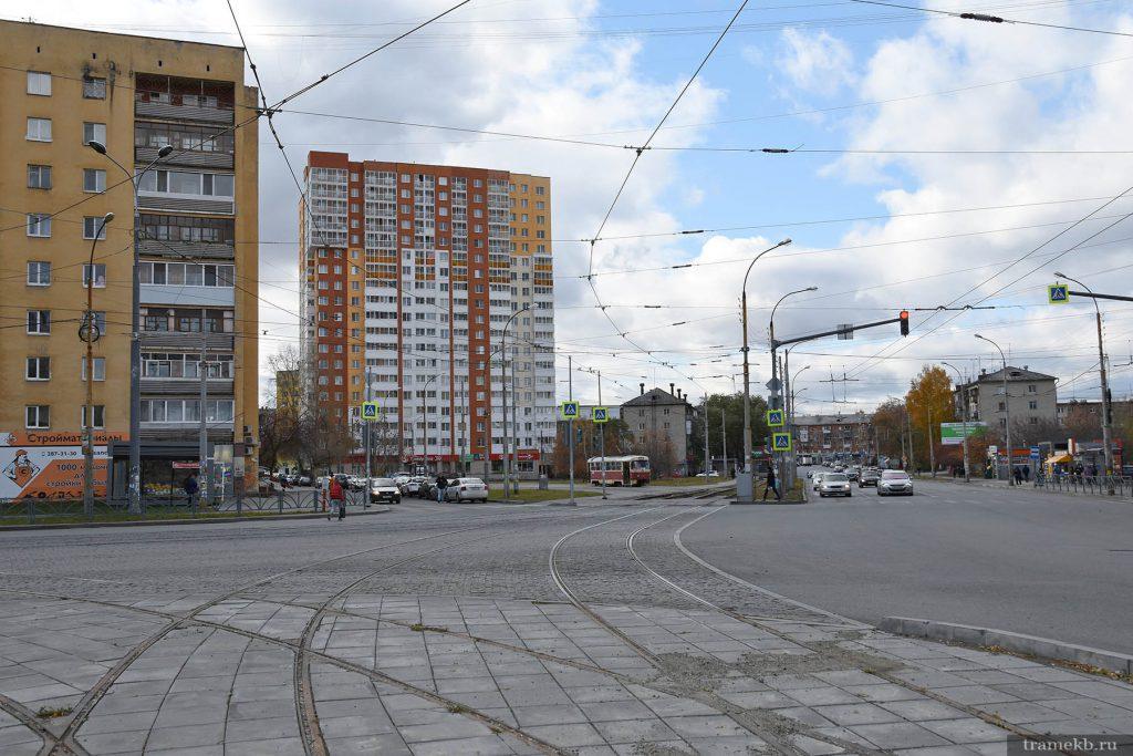 Строительство трамвайной линии в Верхнюю Пышму. Вид в направлении кольца «Фрезеровщиков»