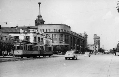 Трамвайная линия по улице 8 Марта между Ленина и Радищева существовала с 1929 по 1986 гг.