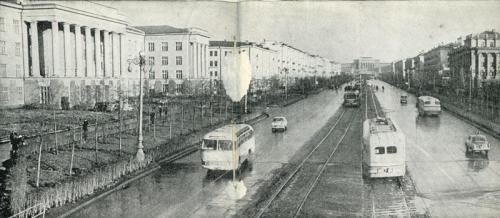 Трамвайная линия по проспекту Ленина. Вид в сторону УПИ
